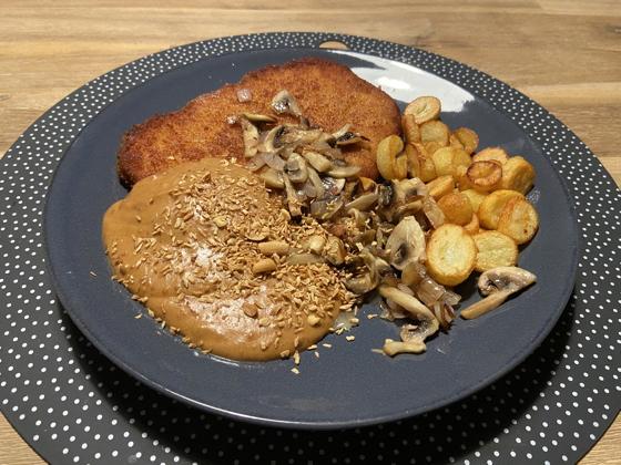 Kipschnitzel met Champignons en Satésaus