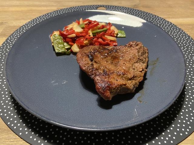 Entrecote en Gemengde Groente van de BBQ