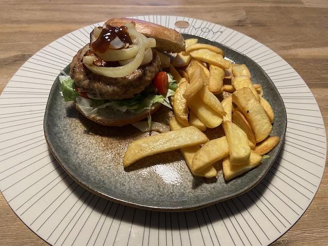 Bagel Kipburger met Vlaamse Friet