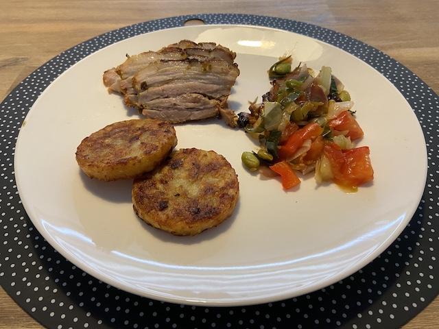 Buikspek met Oosterse Wokgroente van de BBQ