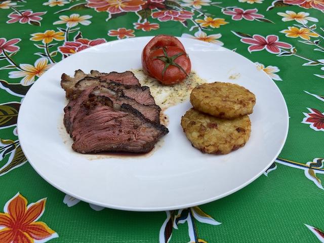 Picanha van de Barbecue en Gevulde Tomaatjes